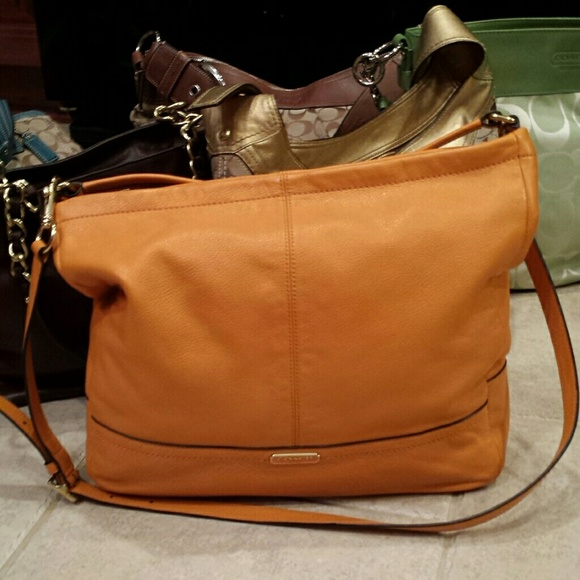 f3426633b49 canada sale today only euc coach bag 150. 2857b 0e1bd